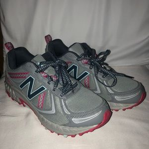 New Balance running tennis shoes